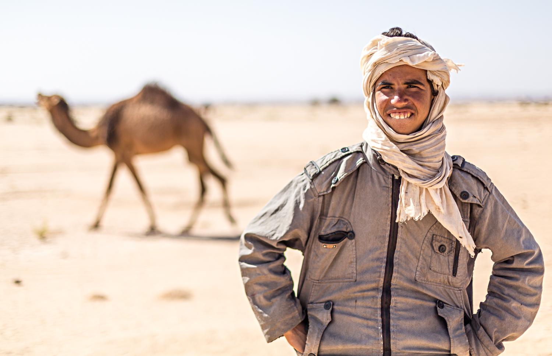 Berger et dromadaire au Maroc