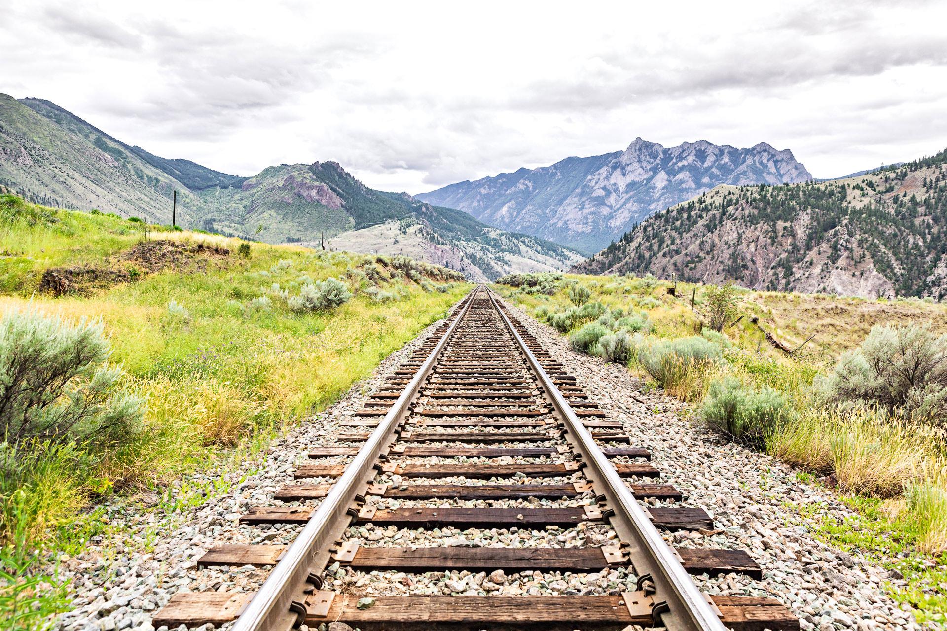 Train dans l'ouest canadien