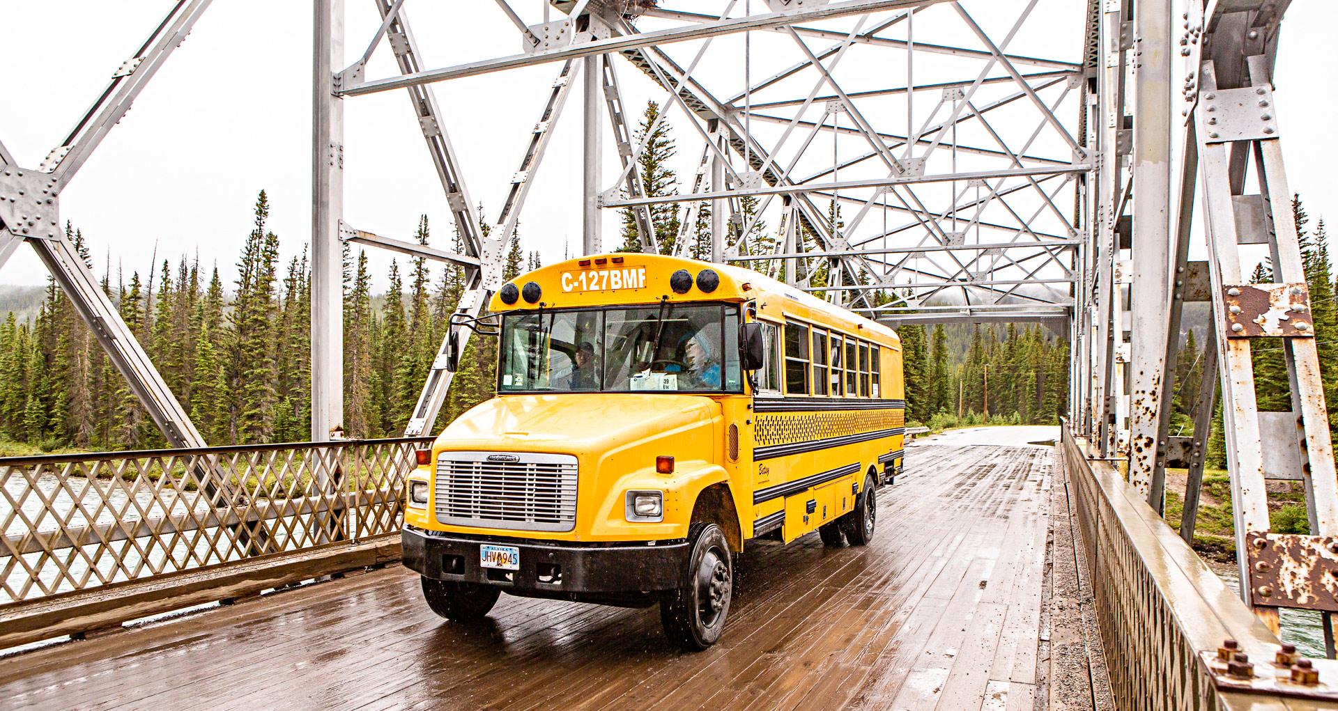 Bus canadien à Banff