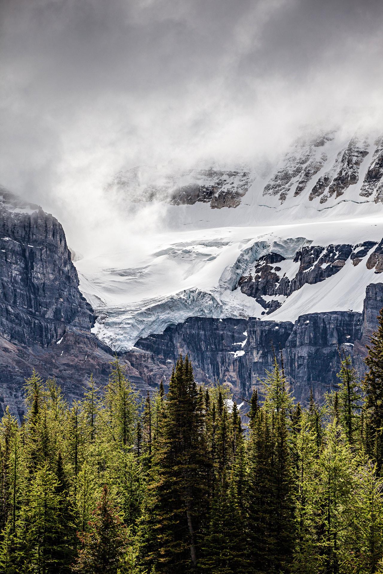 Glacier vallée Dix-Pics Banff Canada