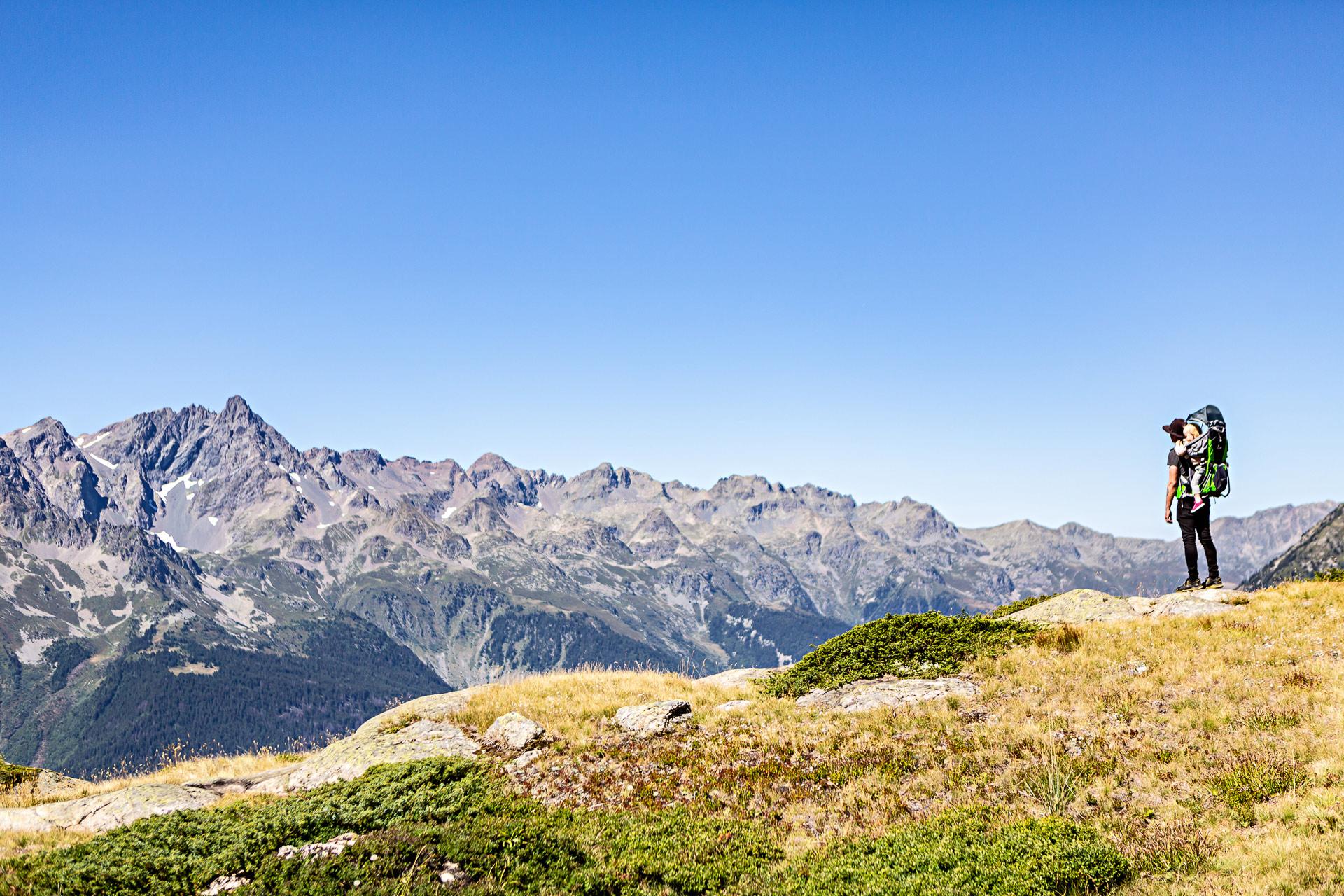 Randonnées avec un bébé dans les Alpes