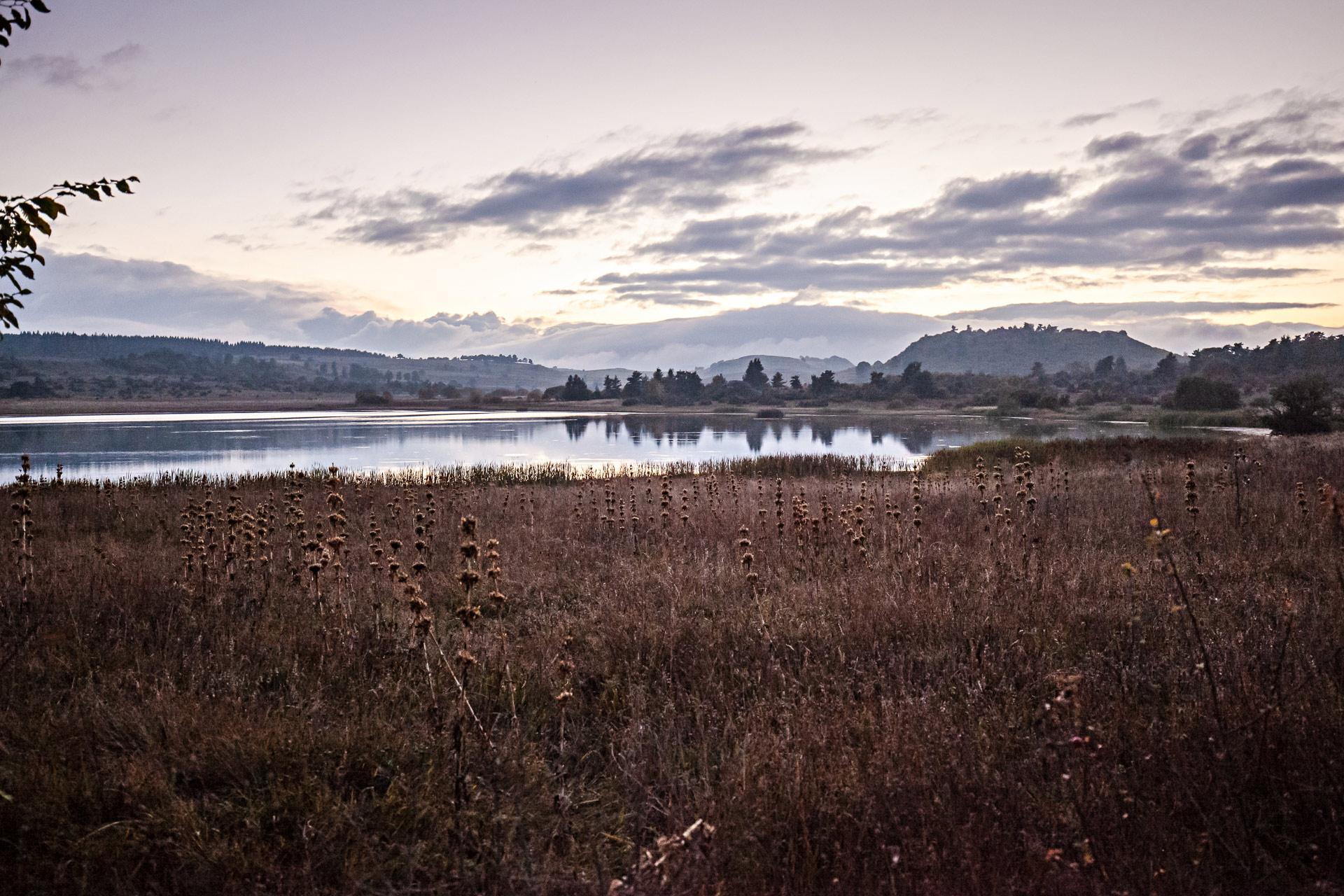 Lac du Pêcher hôtel en Auvergne