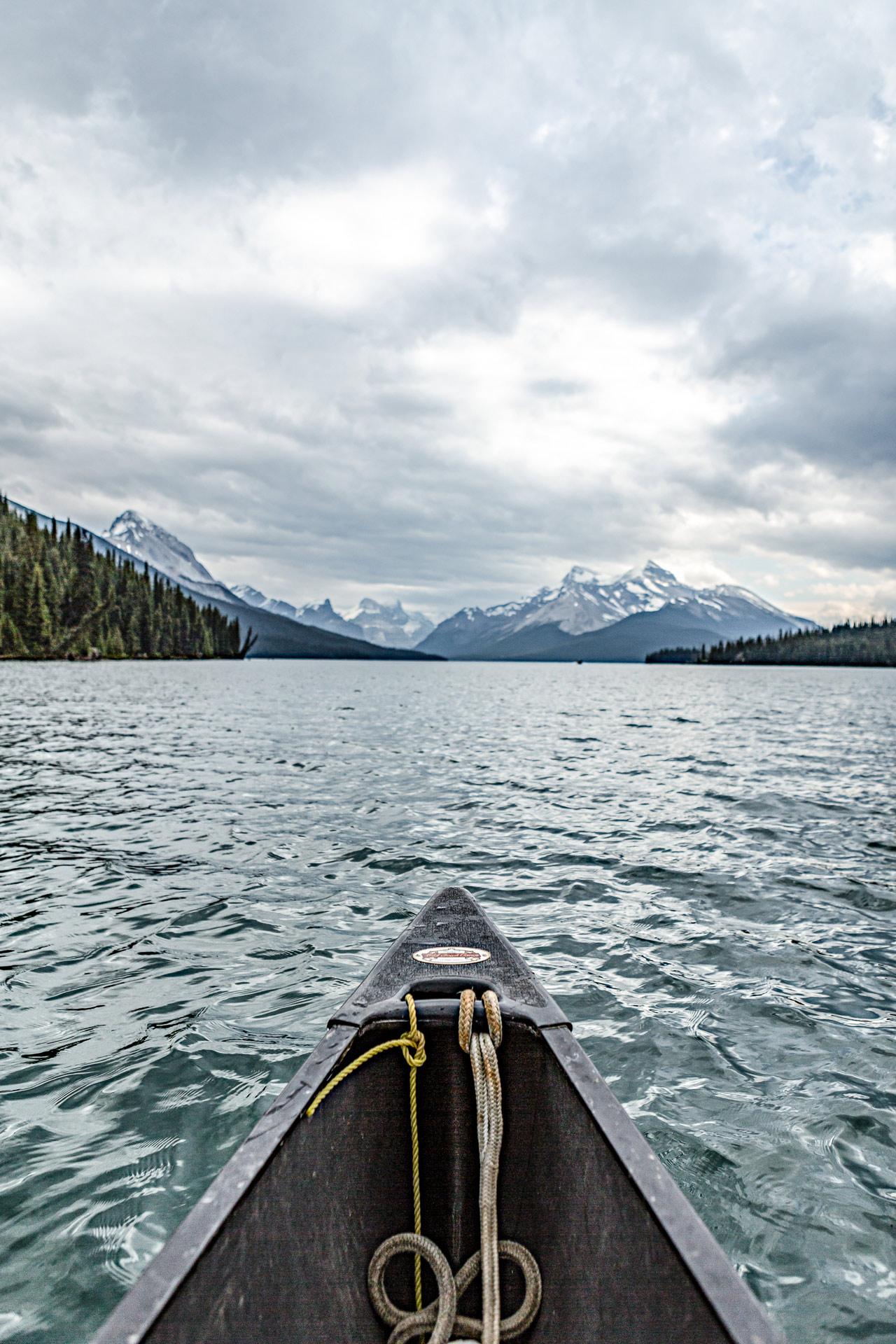 Canoë lac Maligne Jasper Canada Ouest