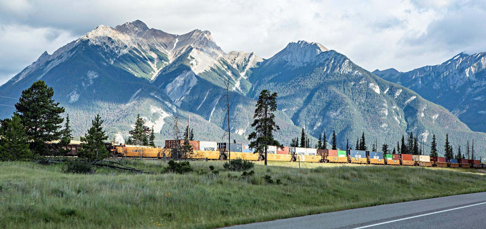Train Jasper Alberta Canada